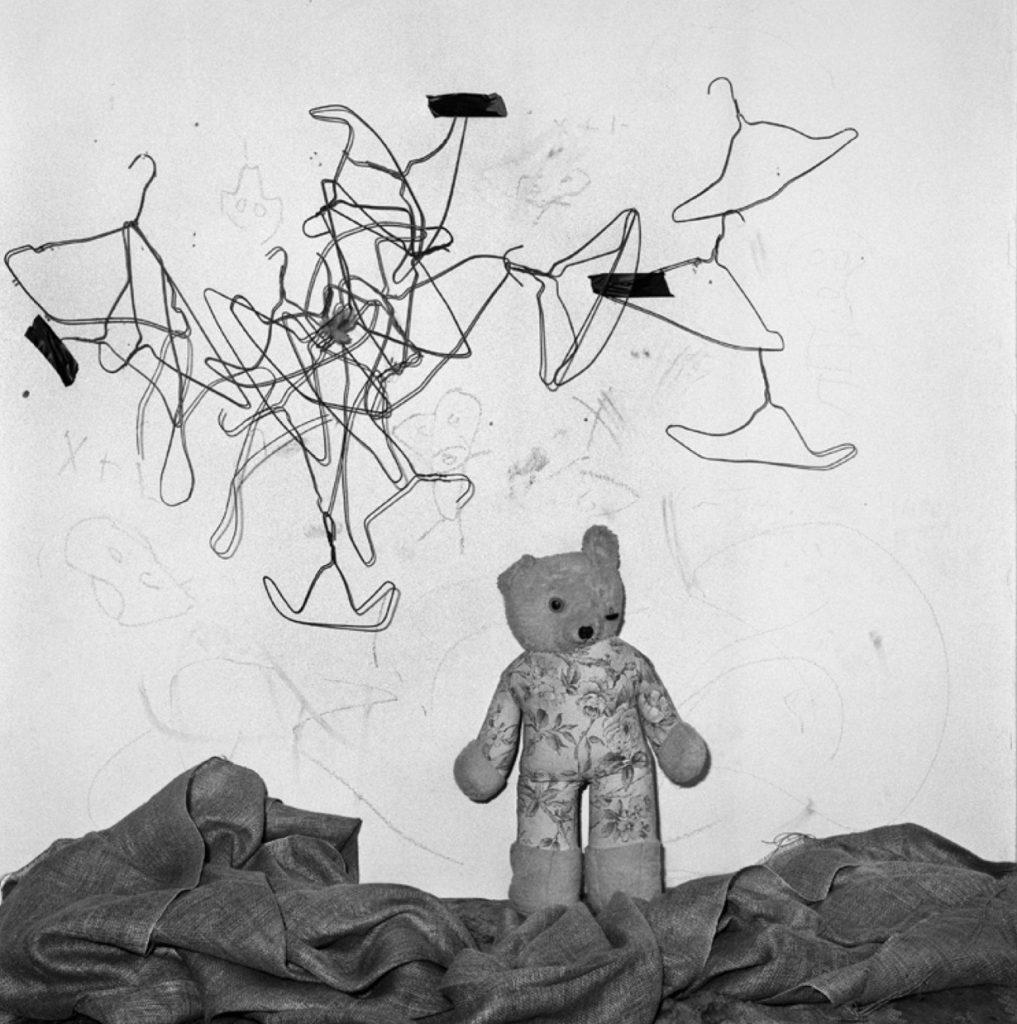 Roger Ballen, Configuration, 2003 Edition 16/20 40 x 40 cm © Roger Ballen / Courtesy Galerie Karsten Greve