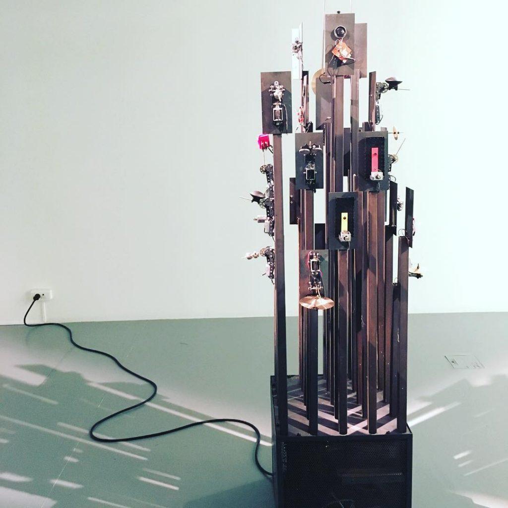 Studio Bruyant_TOTEM_ExpositionBruyantes Mécaniques à Plateforme Paris