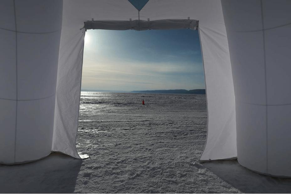 Les racines du ciel_Galerie Françoise Besson_Lyon_Laurent Mulot_Baikal door