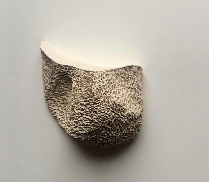 Aurélie Amiot, « Lâché prise », céramique, dimension variable