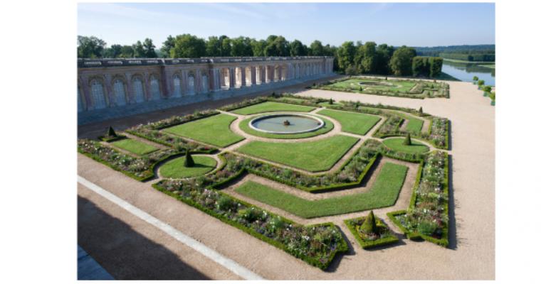 Dove Allouche / Nan Goldin / Martin Parr / Eric Poitevin / Viviane Sassen – Visible / Invisible – 14/05 au 20/10 – Château de Versailles