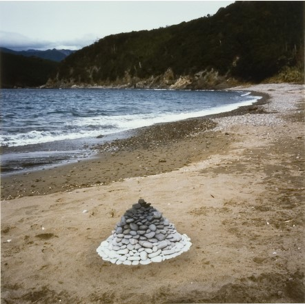 Andy Goldsworthy_Beach Cairn_Courtesy de l'artiste et Galerie Lelong & Co.