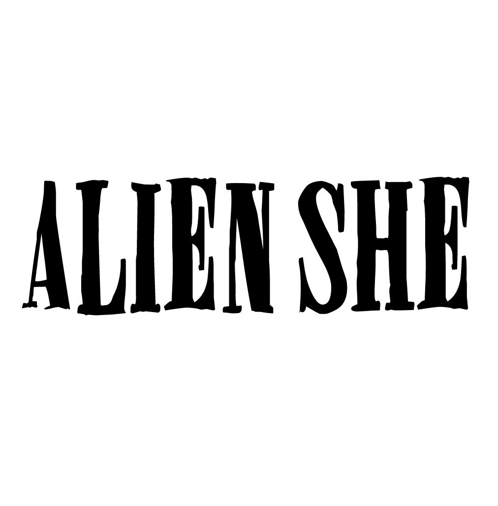Alien She